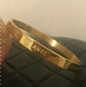 New amazing cute lavish bracelet 💟💟💟💟💟💟💟